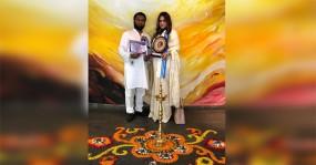 কলকাতার 'মাদার তেরেসা আন্তর্জাতিক পুরস্কার'  পেলেন তাপস ও মুন্নী